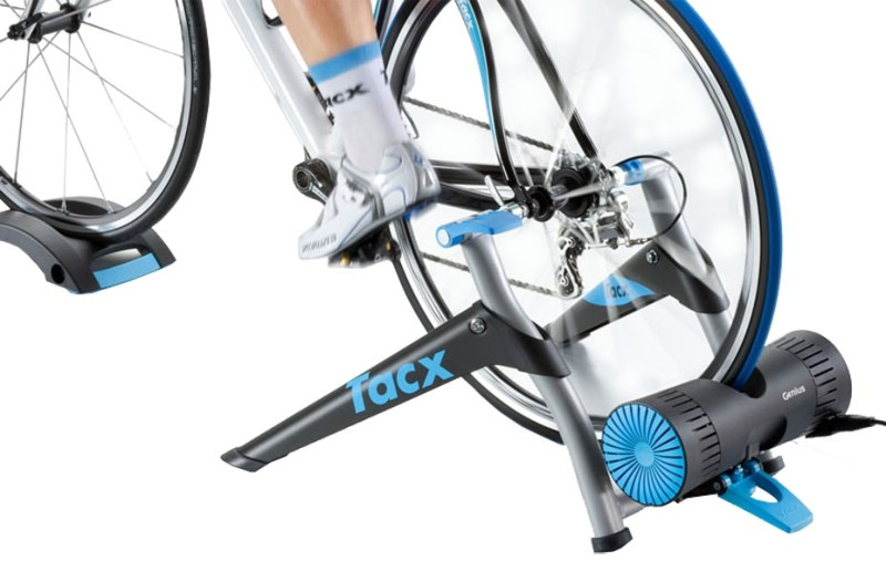 Tacx Genius T2020 Virtual Reality Trainer | Hometrainers